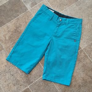 Volcom boy's size 10 teal flat front shorts